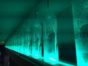 Iluminación con tira de Led para comercios